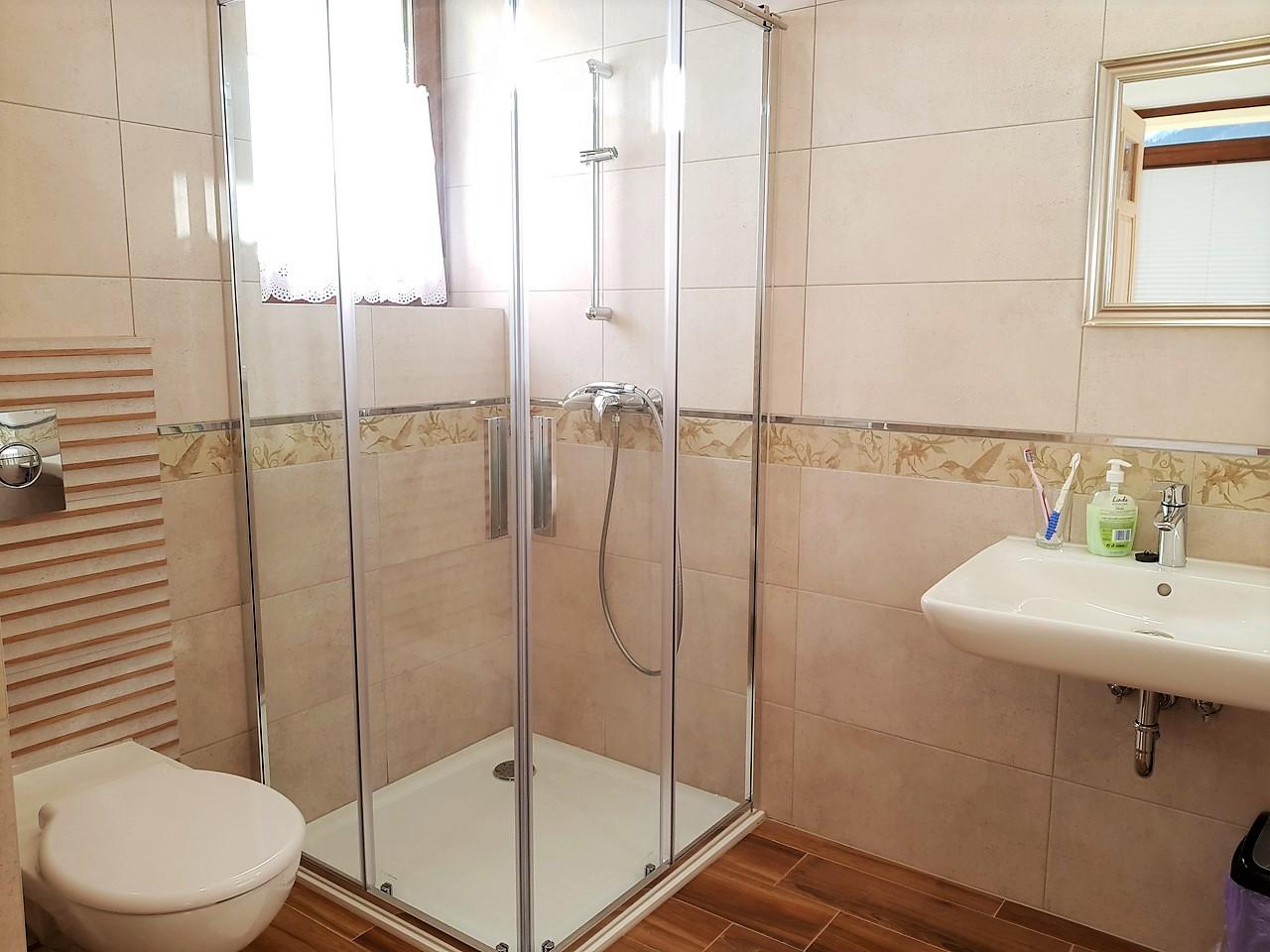 pokoje zakopane 1 łazienka (1)