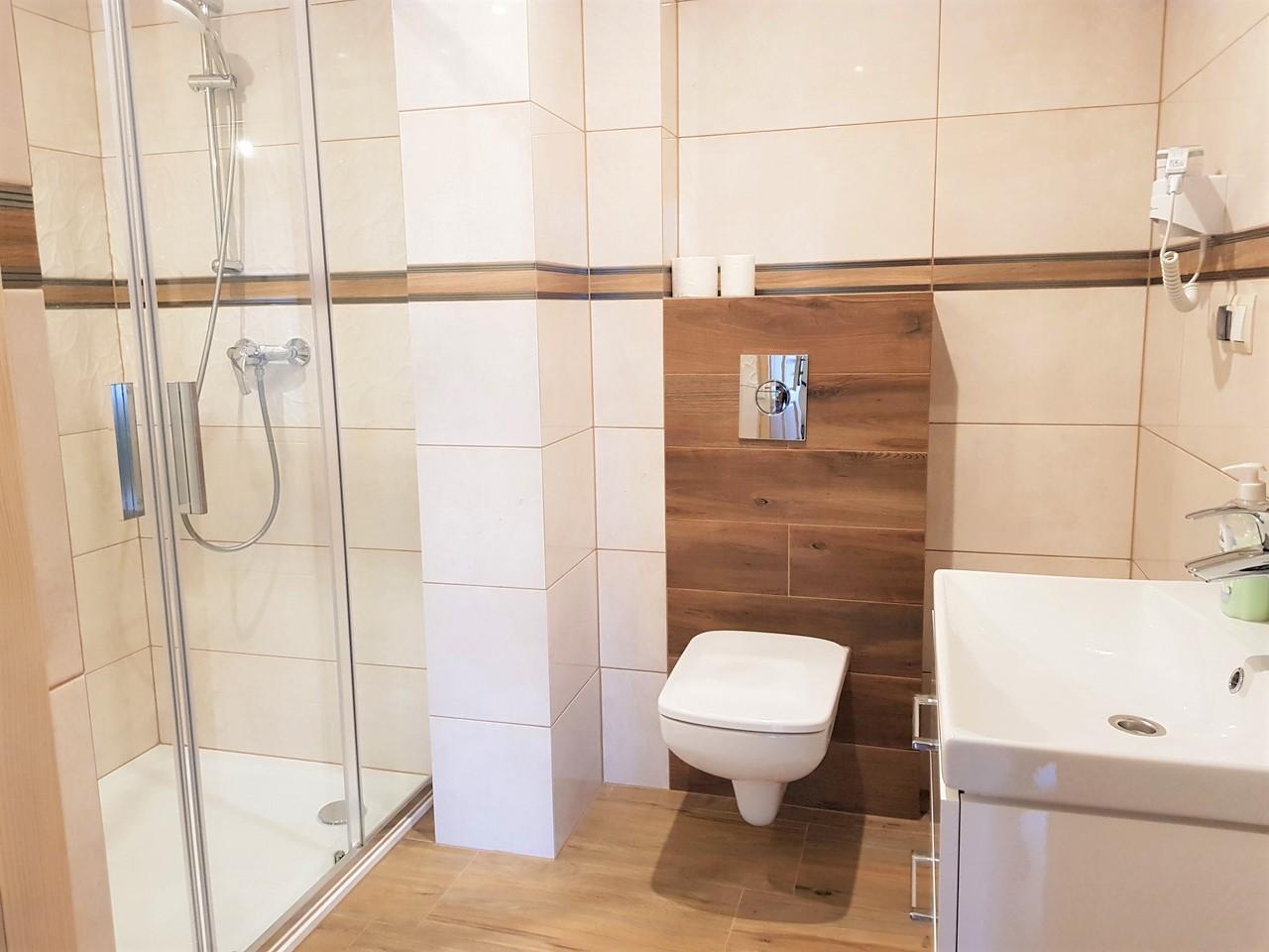 pokoje zakopane 3 łazienka (1)
