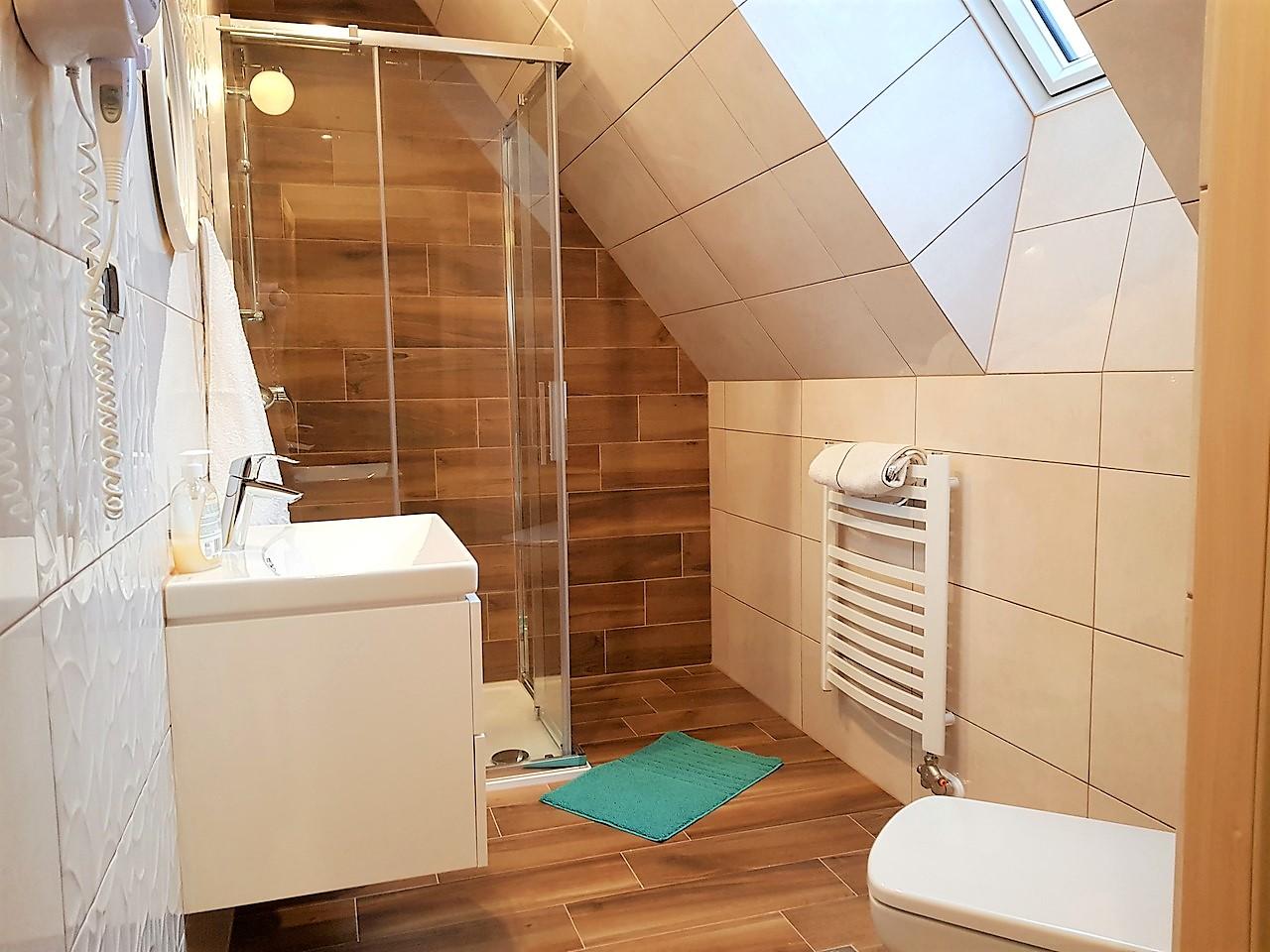 pokoje zakopane 5 łazienka (1)